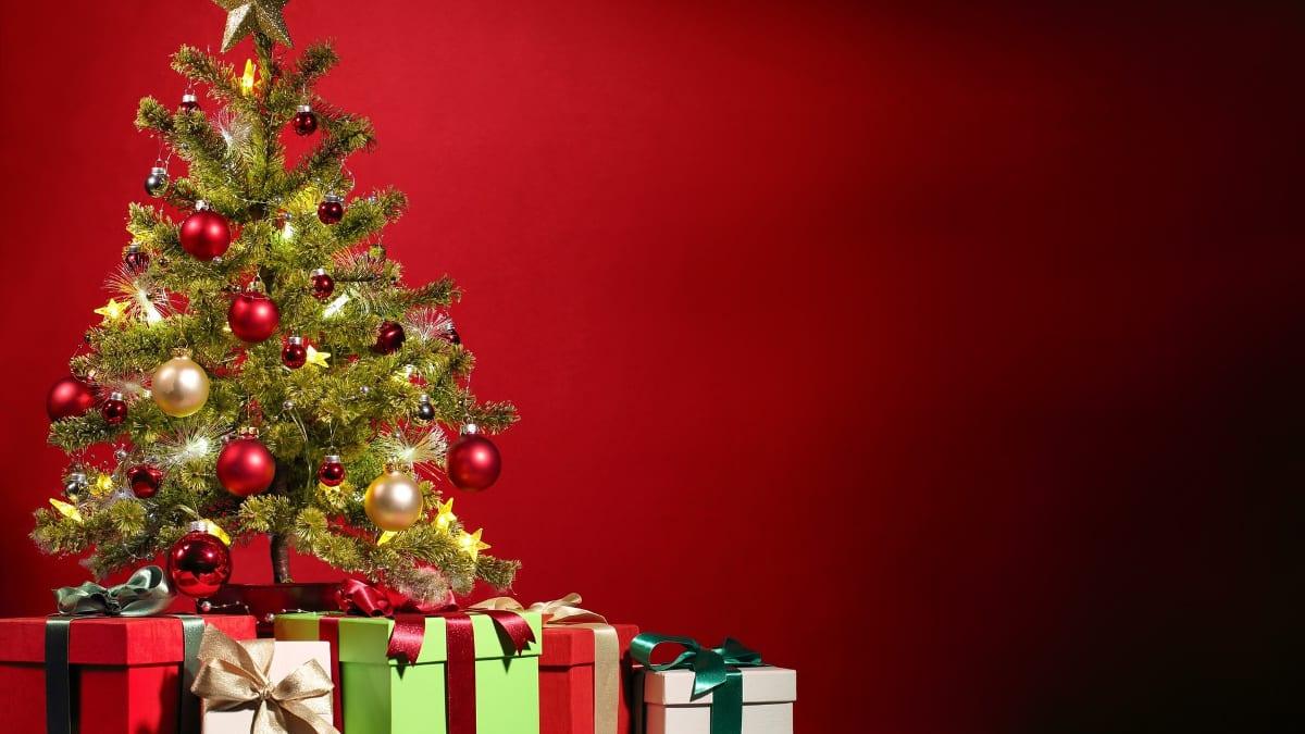 christmas-tree-wallpaper-sknokqyg